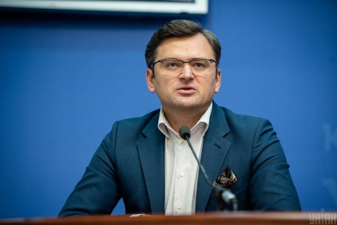 Росія стабільно намагається вийти з Мінських угод, - Кулеба