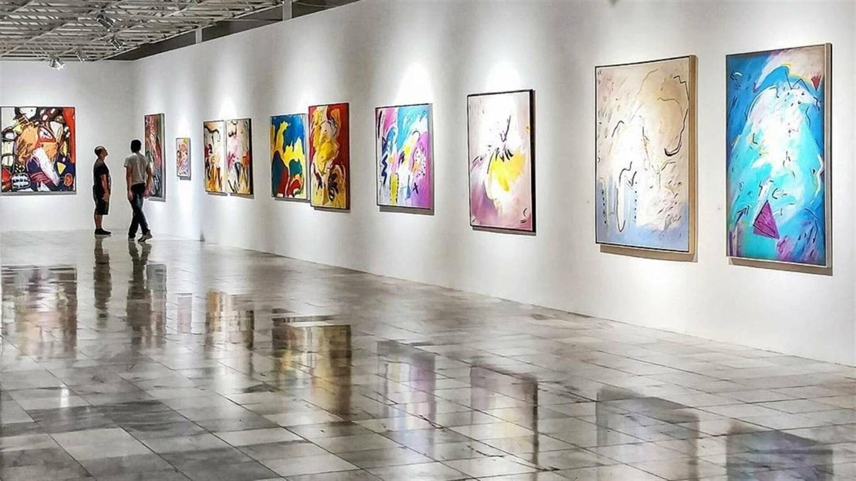 У Львові представили виставку картин відомого художника Леоніда Романюка (відео)