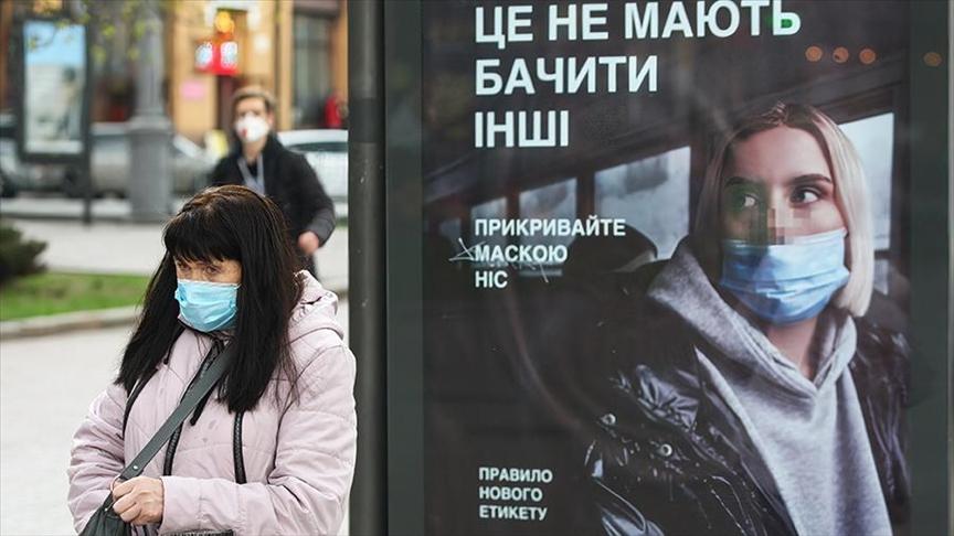Коронавірус в Україні: 2 тисячі нових хворих на COVID та 97 померлих