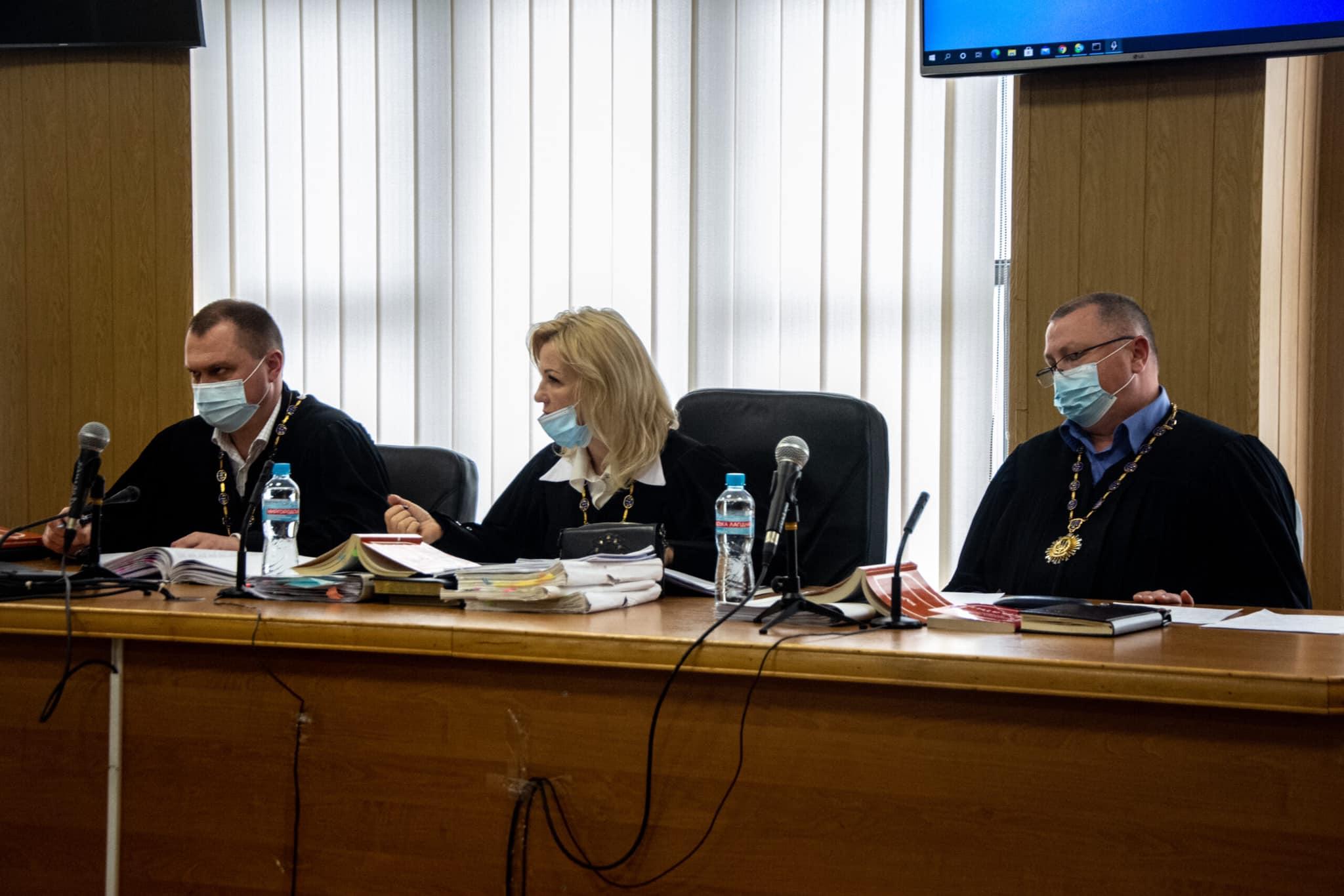Справа Стерненка: двоє суддів, які розглядали справи активіста подали у відставку