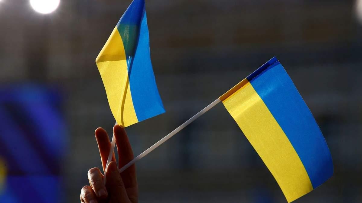 Лише одна сусідка: в ОП назвали країни, які є найбільш дружні до України