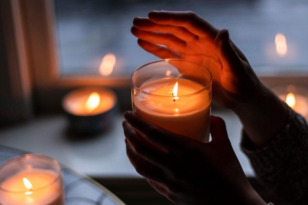 Оголошено штормове попередження: в Україні через негоду без світла залишились 75 населених пунктів