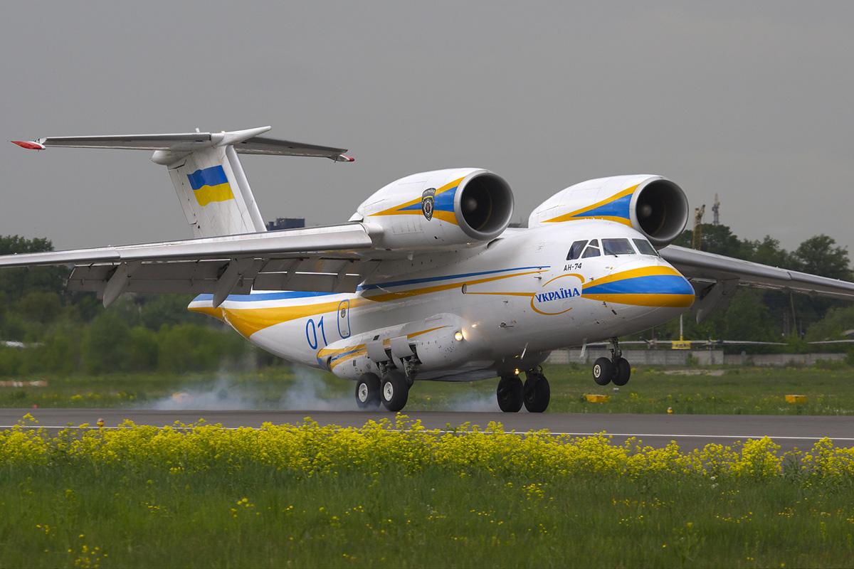 """""""Антонов"""" планує збирати літаки для міжнародних ринків у Канаді"""