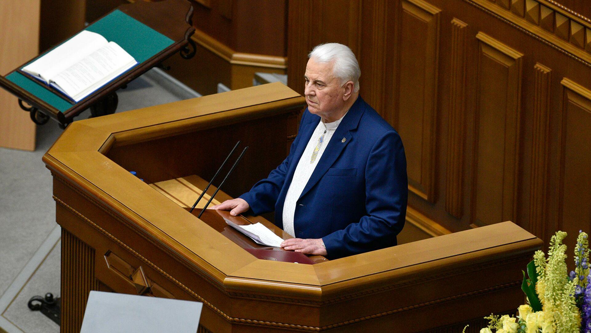 Кравчук перебуває в реанімації: рідні заборонили лікарям коментувати стан першого президента