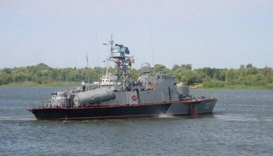 """Росія перекидає свої бойові кораблі у Чорне море на """"навчання"""""""