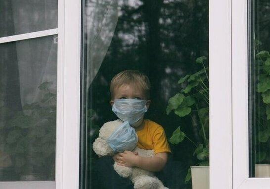 Половина українців боїться захворіти на коронавірус