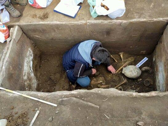 На Тернопільщині знайшли поховання, якому 5 тисяч років