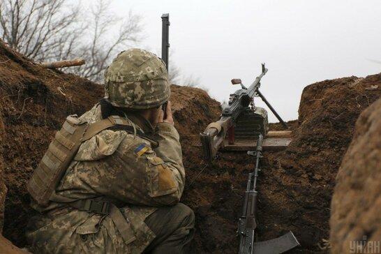 Російські бойовики за добу тричі порушили режим тиші на Донбасі