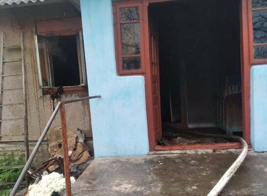 На Львівщині у будинку внаслідок пожежі загинула 87-річна жінка (фото 18+)