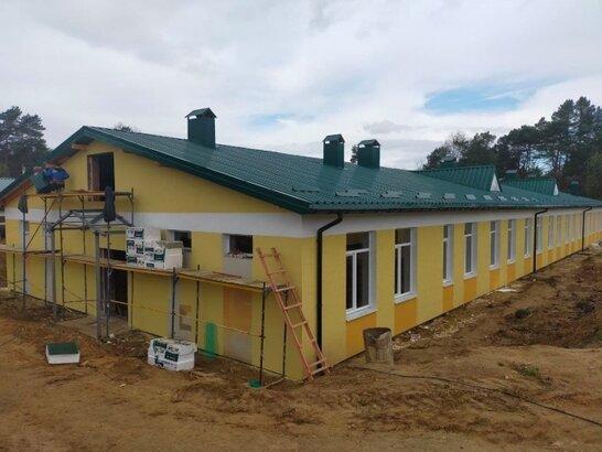 На Яворівському полігоні будують казарми (фото і відео)