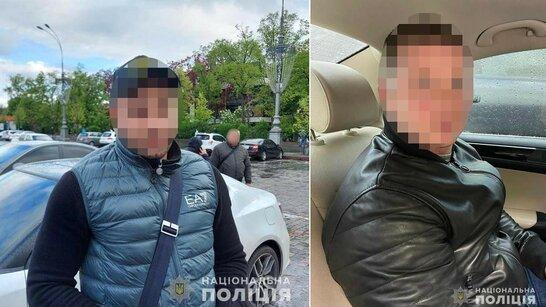 На Харківщині двоє зловмисників обікрали елітне авто Mercedes (фото)