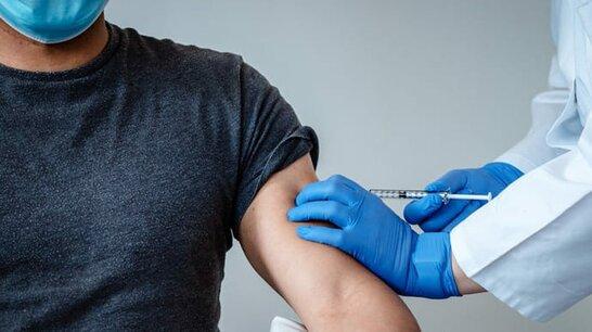 Міфи про вакцину: де можна вакцинуватись від COVID у Львові (відео)