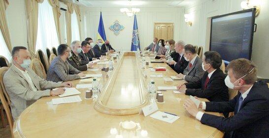 Що обговорюватимуть секретарі РНБО під час зустрічі у Вільнюсі