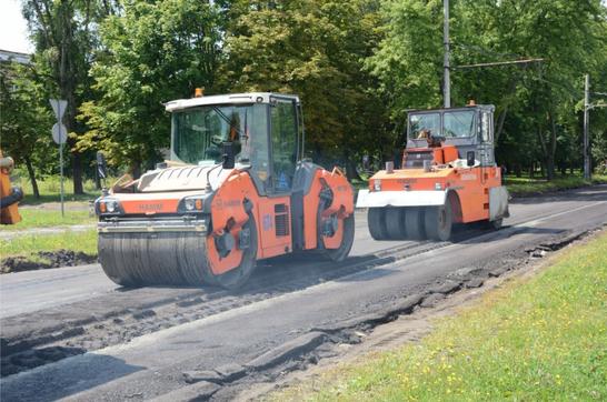 До кінця року у Львові планують закінчити ремонт вулиці Пилипа Орлика (відео)