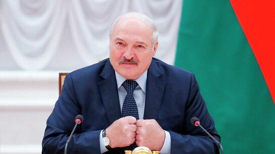 Україна пригрозила Лукашенку санкціями, якщо хоч один літак Білорусі опиниться в Криму
