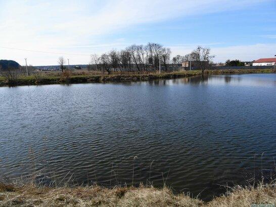 На Львівщині в озері втопився 37-річний чоловік