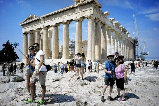 Потрібен експрес-тест: Греція змінила умови в'їзду для туристів з України