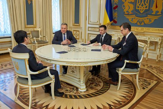 Україна та Китай готують угоду про безвізовий режим між країнами
