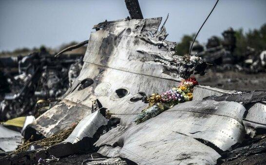 Справа збитого МН17 над Донбасом: нідерландські слідчі готові приїхати в Україну