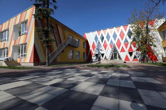 Завершують реконструкцію: у Львові на Медової Печери відкриють новий дитсадок (відео)