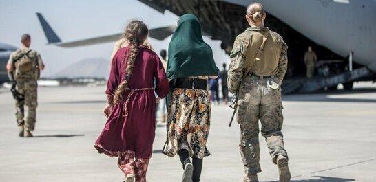 Головні новини за 25 серпня: В Україні вже 65 евакуйованих афганців попросили статус біженця