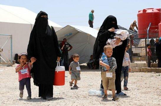 З табору біженців у Сирії евакуювали українку із чотирьма дітьми (відео)
