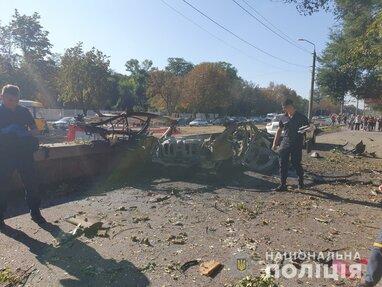 У Дніпрі вибухнув автомобіль: ЗМІ  пишуть про замовне вбивство (відео)