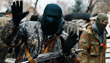"""""""Вони відчували себе там царями"""": на Донбасі затримали проросійського бойовика """"ДНР"""" (відео)"""