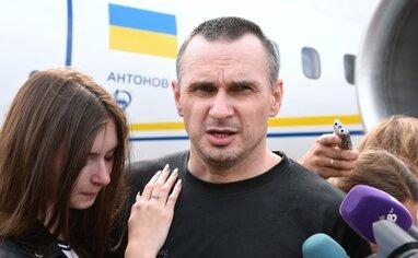 """""""П'ять років пекла"""": Сенцов вибачився за поведінку та образи сестри про Україну (фото)"""