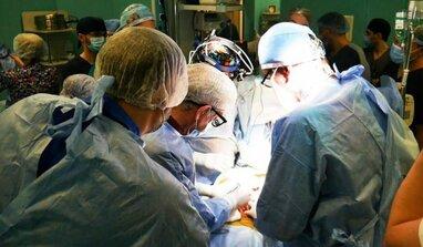 Вперше в Україні: у Львові провели трансплантацію легенів і пересадку серця дитині (відео)