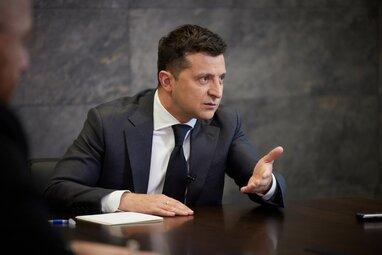 """""""Кожен українець знає, хто ці люди"""", - Зеленський прокоментував ухвалення закону про олігархів"""