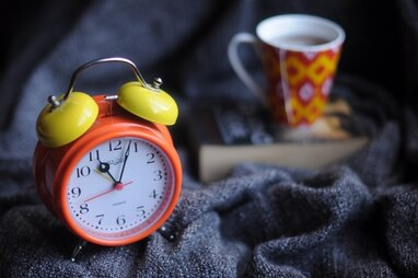 Переведення годинників на зимовий час: Стефанчук розповів, коли можуть розглянути законопроект (відео)