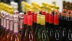 За рік в Україні подорожчали всі алкогольні та тютюнові вироби
