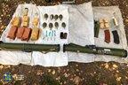 На кордоні з Білоруссю СБУ знайшла схованку зі зброєю (відео)
