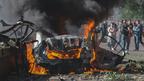 Забрав життя двох людей: слідство розглядає дві версії вибуху авто у Дніпрі (відео)